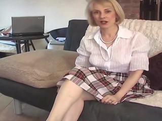 Iň beti british more, matures, more lingerie full