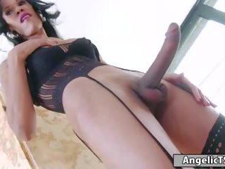 Tranny Pissing Videos