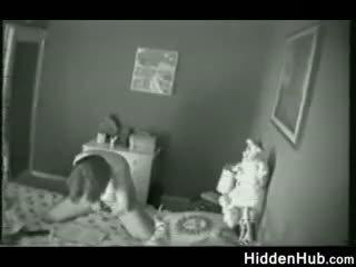 Prichytené Matkou porno