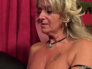 奶奶 having 肛交 性别 同 他妈的 机