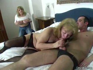Onnekas guy fucks two hämmästyttävä isoäidit