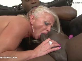Mature Drilled by Black Guys in Hardcore Interracial...