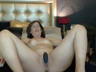 Vega: Free MILF & Amateur Porn Video f4