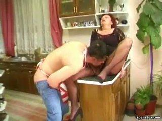 リアル おばあちゃん ポルノの