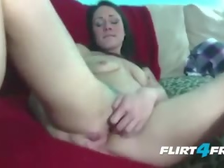 Dominating tatted pupa explores suo fica e culo
