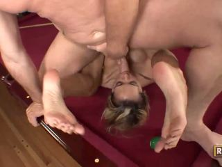 Halia hill getting banged en la billiard mesa