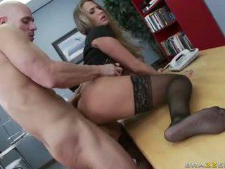 gros seins, le plus chaud sexe de bureau, bureau baise agréable