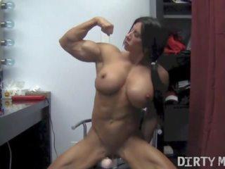 seksspeeltjes thumbnail, vol muscular women
