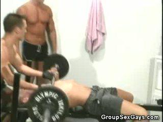 Thể dục buddies trying ngoài đồng tính giới tính