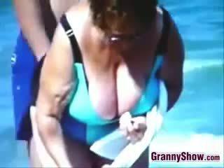 online voyeur film, echt strand, echt oma