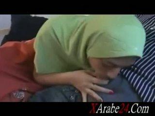 Hijab पोर्नो