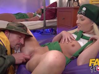 kijken brunette porno, heet namaak tube, meest pijpbeurt porno