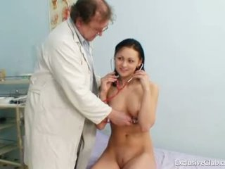 groot vagina mov, controleren dokter, nieuw ziekenhuis thumbnail