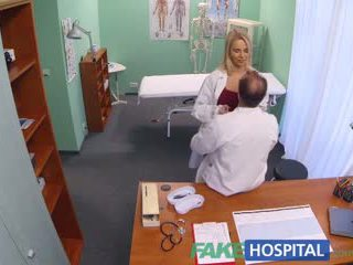 Fakehospital 新 护士 takes double 射精 从 角质 医生