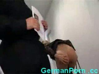 Huisvrouw anaal kantoor