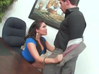 "London Keyes Gets Bent Over and Office Fucked <span class=""duration"">- 8 min</span>"
