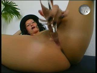 Milf loves masturbating - Julia Reaves