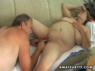Potelée mature amateur femme sucks et fucks