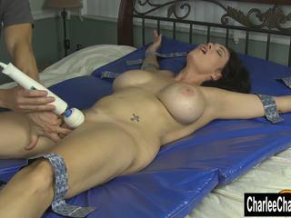 groot grote borsten seks, groot brunettes porno, masturbatie