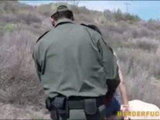 Border patrol agent fucked latinskoamerické naivka kimberly gates