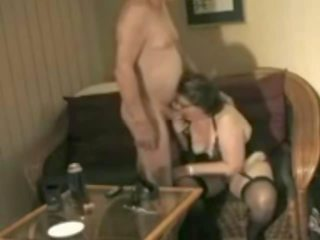 Aussie Grandma and Grandpa Havibng a Good Time 1: Porn 3e