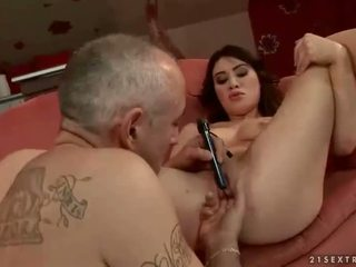 Older guy toying sexy brunette