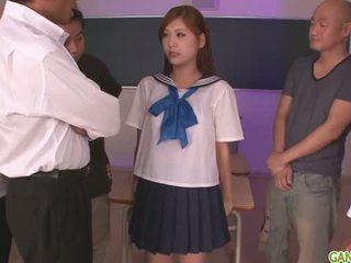 女学生 yura kasumi 是 一 热 日本语 附带 女孩