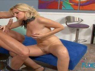 vers classy, doggy style tube, een cumshot