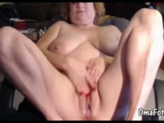 Big Fat Granny Masturbate Her Pussy Before Webcam