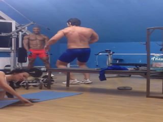 muscle dancing in gym