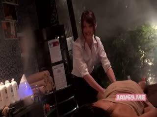 Bello arrapato asiatico ragazza having sesso
