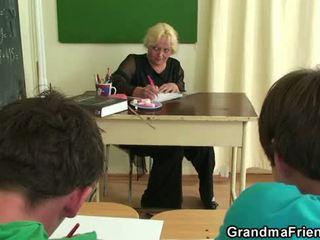 mama porno, oude pussy, nominale grootmoeder