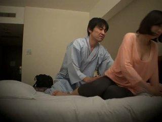Subtitled 日本語 ホテル マッサージ 経口 セックス nanpa で 高解像度の <span class=duration>- 5 min</span>