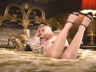 kaukasier kostenlos, echt striptease beobachten, solo-mädchen ideal