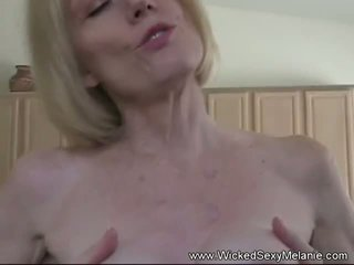Naughty Fun with Step Mom, Free Naughty Mom Porn Video ec