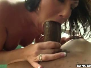 Valerie Luxe Comes to Us in Search of a Big Thick Cock