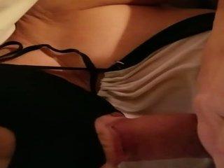 een grote borsten klem, groot vibrator neuken, een masturbatie porno