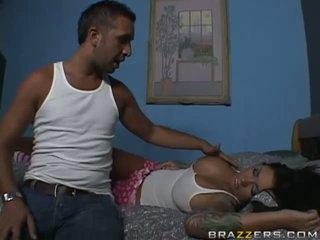 Remaja Payudara Besar porno