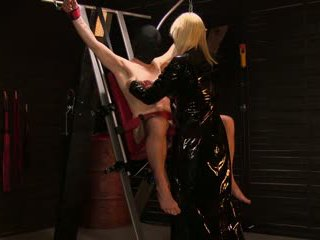 MonicaMilf has a tower of pain in her dungeon Norsk Porno