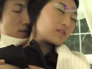 קוריאני roommate סקס (not חובבן)