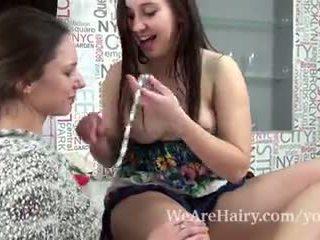 Canella a alya shon mít lesbička zábava spolu