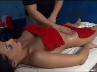 Sexy 18 an vechi gagica gets inpulit greu