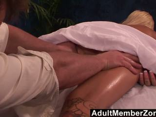 Adultmemberzone - Mainit beyb emma mae receives a napaka magaling