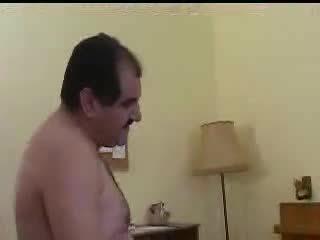 Turkish porno sahin aga oksan'a gotten vuruyor