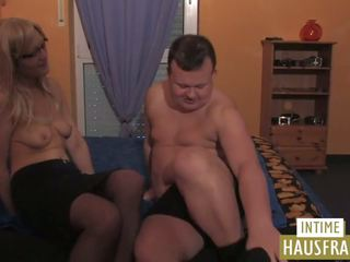 First Time: Intime Hausfrauen & Pinxta Porn Video