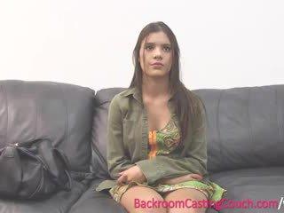 Підліток insemination на кастинг диван