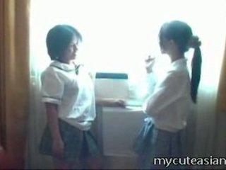 2 Teenager Lesbo Chinese Chicks Having Sex Around
