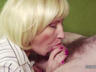 18yr vechi neamt baiat seduce step-mom masturbation și la dracu