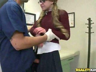 Setiap baik gadis needs sebuah gemuk titit