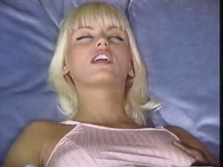 Anita Blond